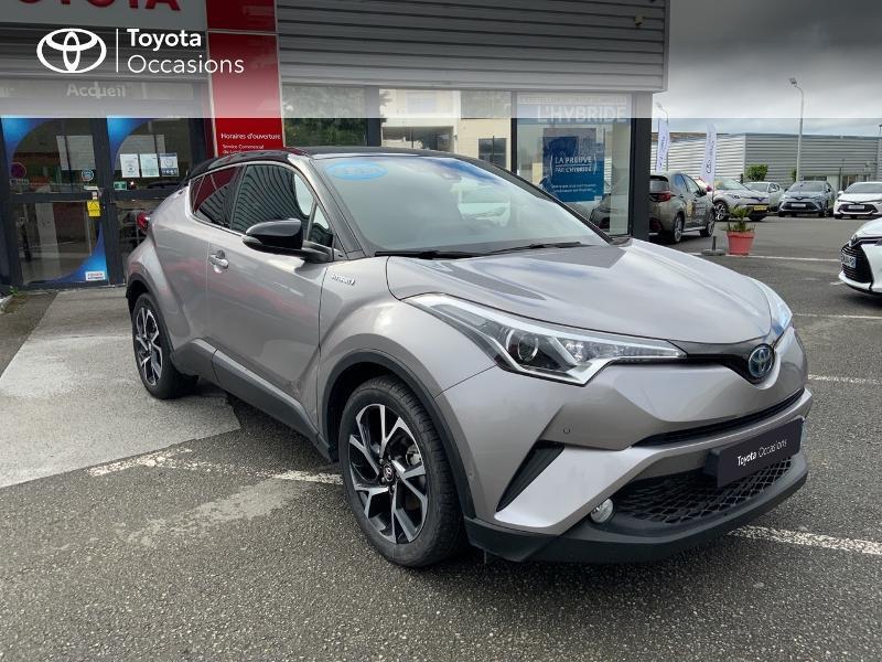 Photo 19 de l'offre de TOYOTA C-HR 122h Graphic 2WD E-CVT à 20690€ chez Altis - Toyota Auray