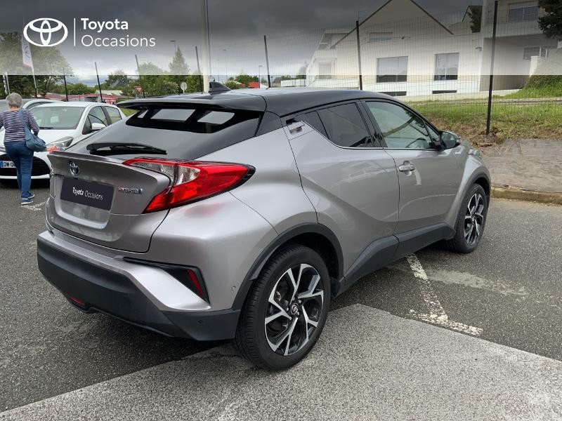 Photo 18 de l'offre de TOYOTA C-HR 122h Graphic 2WD E-CVT à 20690€ chez Altis - Toyota Auray