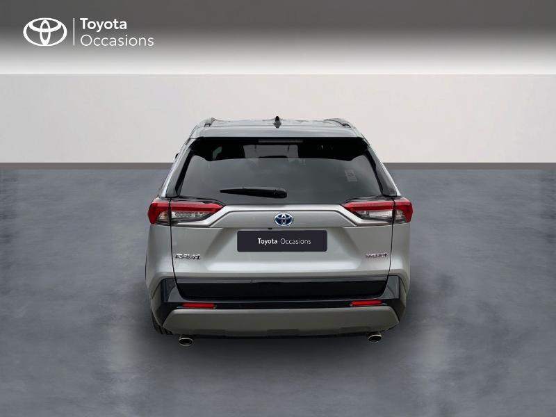 Photo 4 de l'offre de TOYOTA RAV4 Hybride 218ch Collection 2WD MY21 à 43090€ chez Altis - Toyota Auray