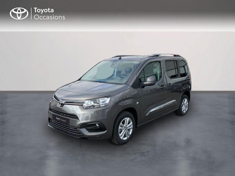 Photo 1 de l'offre de TOYOTA PROACE CITY Verso Medium 1.5 100 D-4D Executive RC21 à 28650€ chez Altis - Toyota Auray