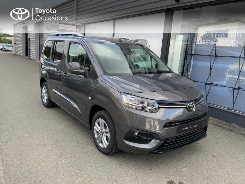 Photo 19 de l'offre de TOYOTA PROACE CITY Verso Medium 1.5 100 D-4D Executive RC21 à 28650€ chez Altis - Toyota Auray
