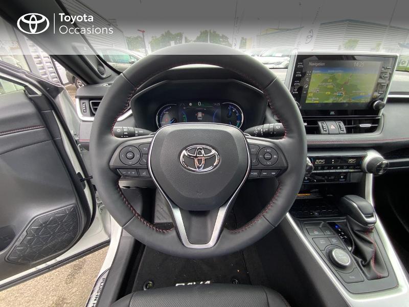 Photo 9 de l'offre de TOYOTA RAV4 Hybride Rechargeable 306ch Collection AWD à 58790€ chez Altis - Toyota Auray