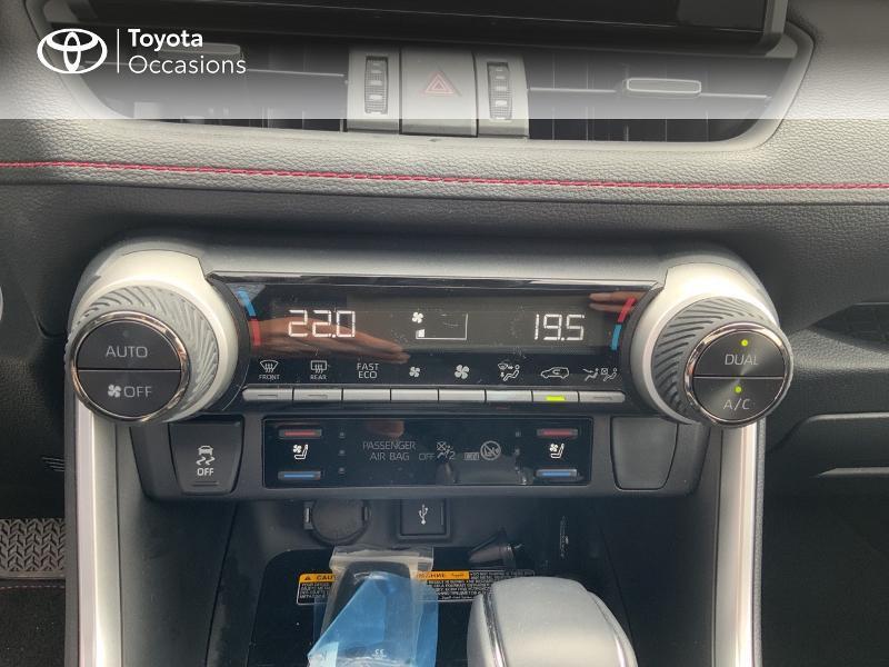 Photo 22 de l'offre de TOYOTA RAV4 Hybride Rechargeable 306ch Collection AWD à 58790€ chez Altis - Toyota Auray