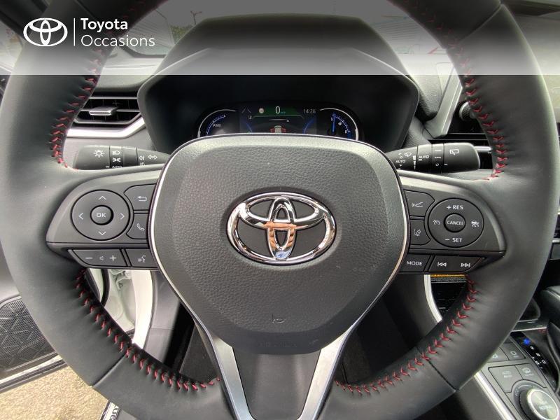 Photo 13 de l'offre de TOYOTA RAV4 Hybride Rechargeable 306ch Collection AWD à 58790€ chez Altis - Toyota Auray