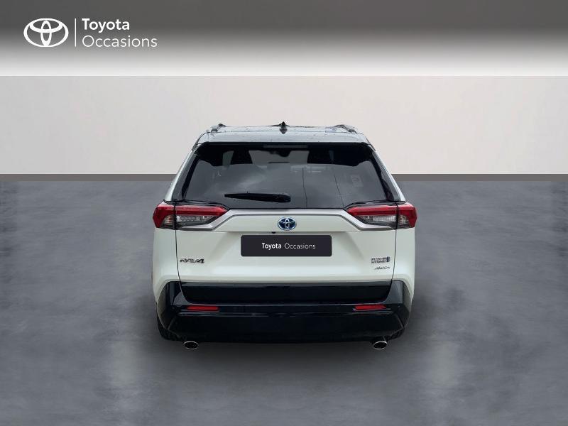 Photo 4 de l'offre de TOYOTA RAV4 Hybride Rechargeable 306ch Collection AWD à 58790€ chez Altis - Toyota Auray