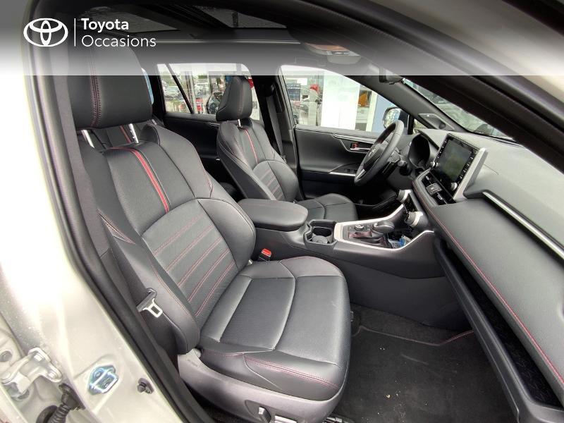 Photo 6 de l'offre de TOYOTA RAV4 Hybride Rechargeable 306ch Collection AWD à 58790€ chez Altis - Toyota Auray