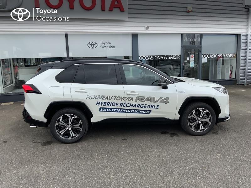 Photo 17 de l'offre de TOYOTA RAV4 Hybride Rechargeable 306ch Collection AWD à 58790€ chez Altis - Toyota Auray