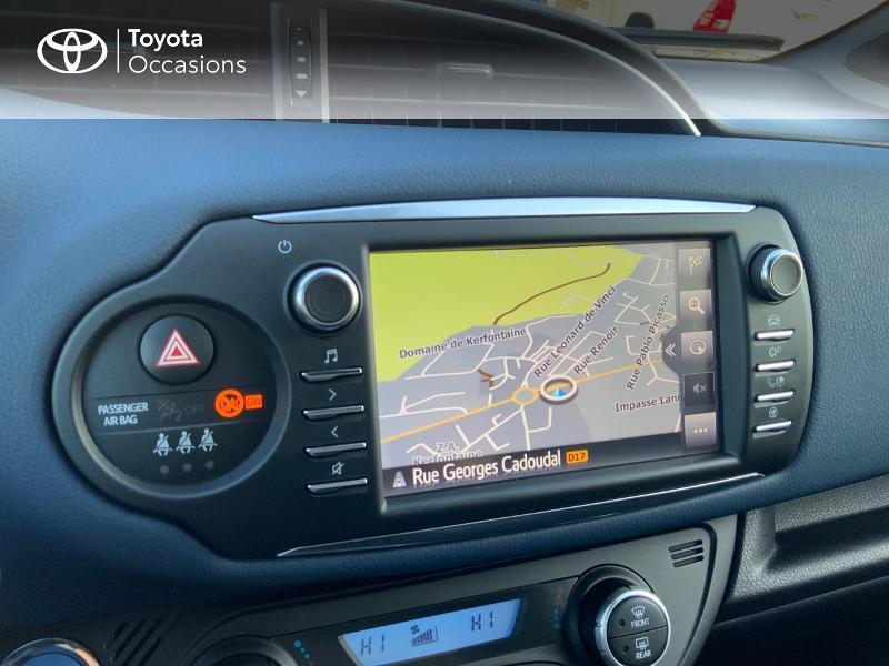 Photo 20 de l'offre de TOYOTA Yaris 100h Collection 5p RC18 à 14880€ chez Altis - Toyota Auray