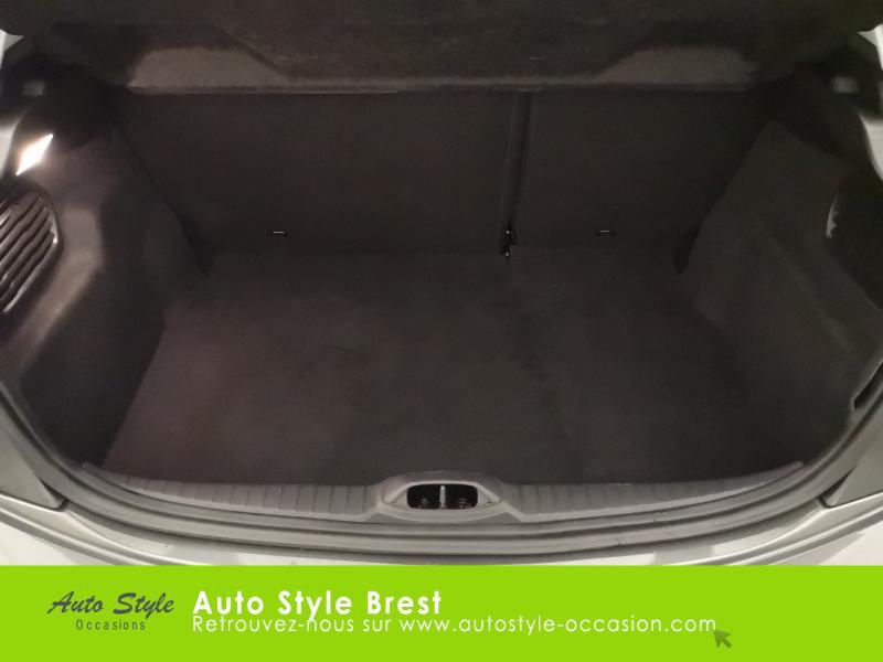 Photo 13 de l'offre de PEUGEOT 208 1.5 BlueHDi 100ch S&S Active à 13990€ chez Autostyle Brest