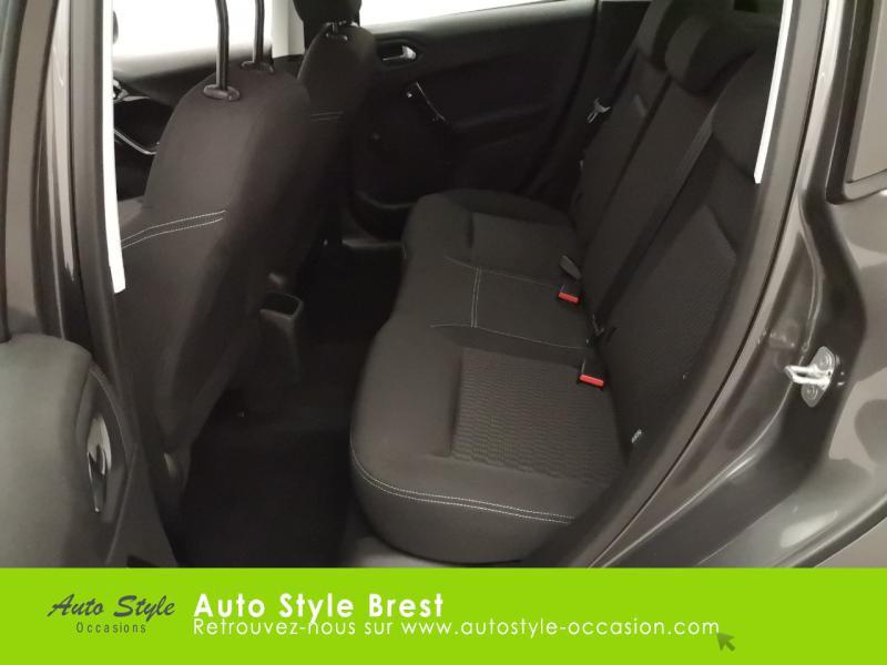 Photo 12 de l'offre de PEUGEOT 208 1.5 BlueHDi 100ch S&S Active à 13990€ chez Autostyle Brest