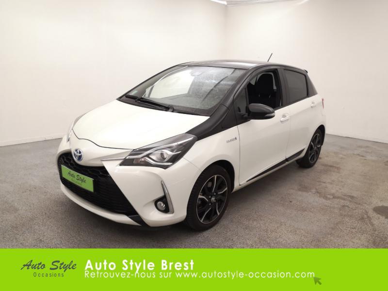Toyota Yaris 100h Collection 5p Hybride : Essence/Electrique Blanc Nacré bi-ton Toit Noir Occasion à vendre