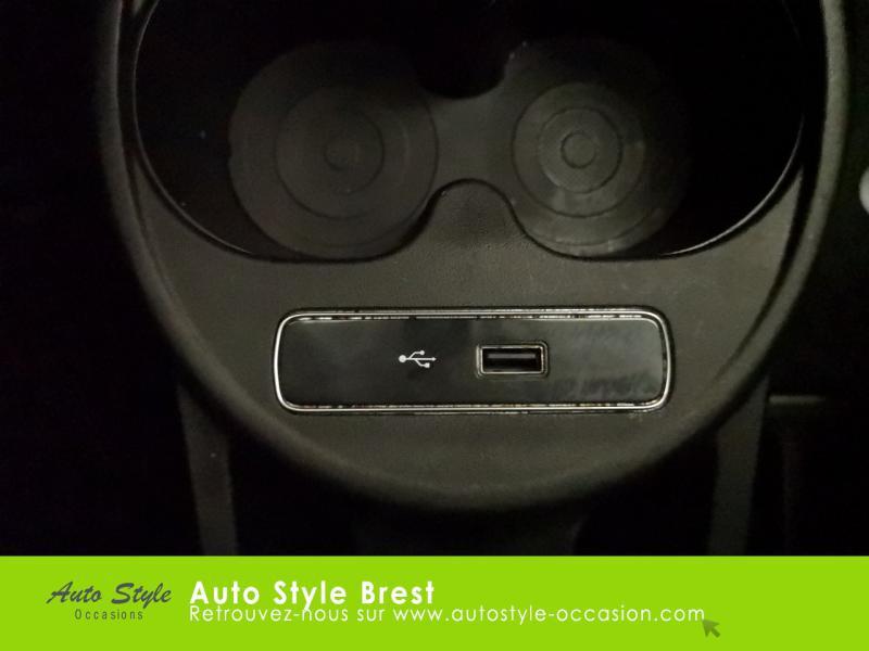 Photo 14 de l'offre de FIAT 500 1.2 8v 69ch Eco Pack Lounge à 10490€ chez Autostyle Brest