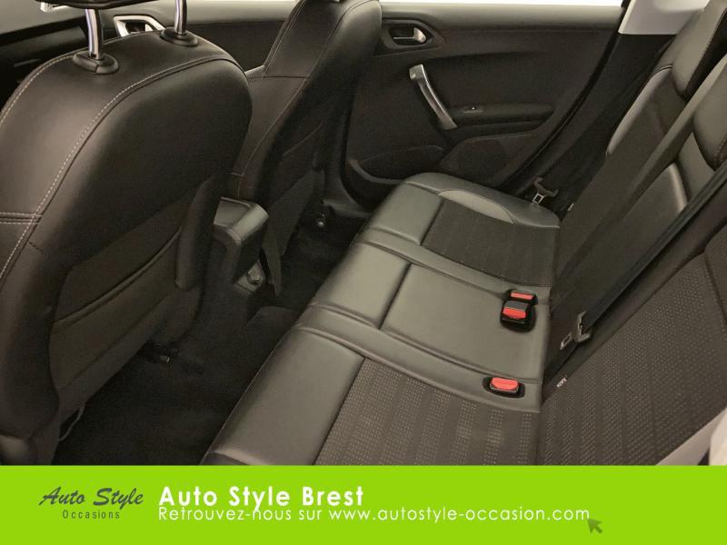 Photo 11 de l'offre de PEUGEOT 2008 1.6 e-HDi92 FAP Allure à 10490€ chez Autostyle Brest