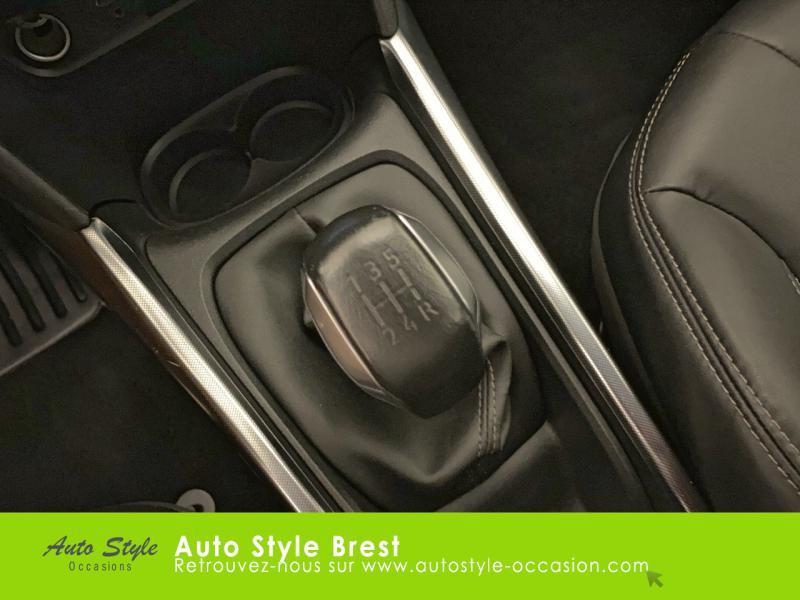 Photo 10 de l'offre de PEUGEOT 2008 1.6 e-HDi92 FAP Allure à 10490€ chez Autostyle Brest