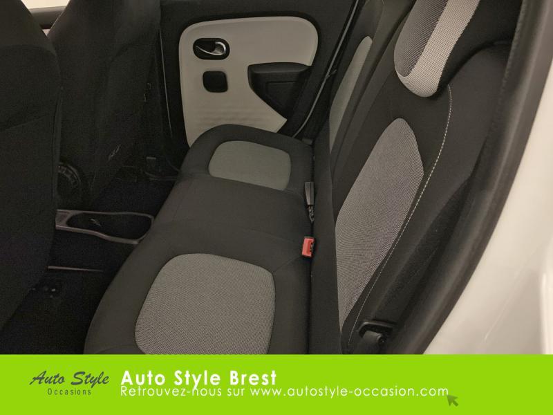Photo 11 de l'offre de RENAULT Twingo 1.0 SCe 75ch Zen à 9990€ chez Autostyle Brest