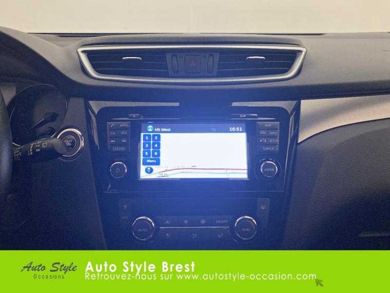 Photo 9 de l'offre de NISSAN Qashqai 1.2 DIG-T 115ch N-Connecta à 17990€ chez Autostyle Brest