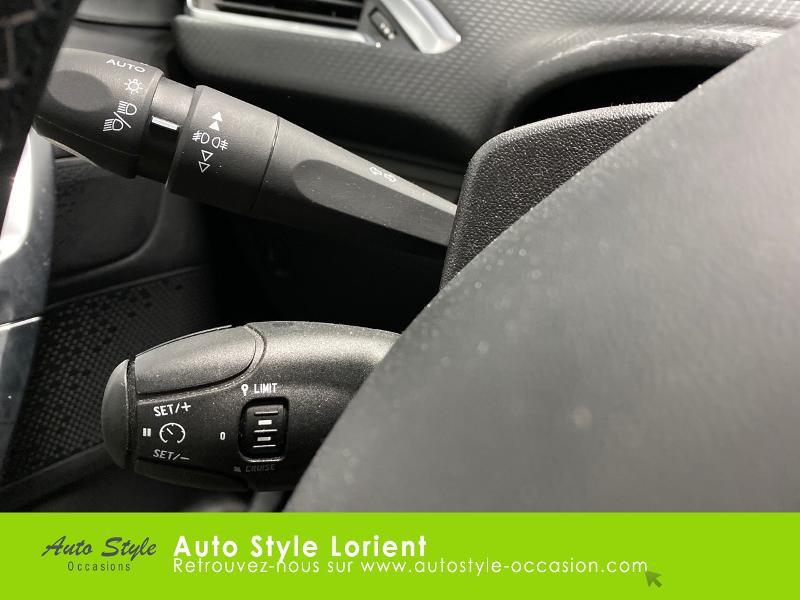 Photo 12 de l'offre de PEUGEOT 2008 1.5 BlueHDi 100ch E6.c Allure S&S BVM5 86g à 15890€ chez Autostyle Lorient