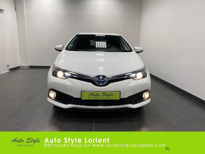 Photo 4 de l'offre de TOYOTA Auris HSD 136h Executive à 13900€ chez Autostyle Lorient