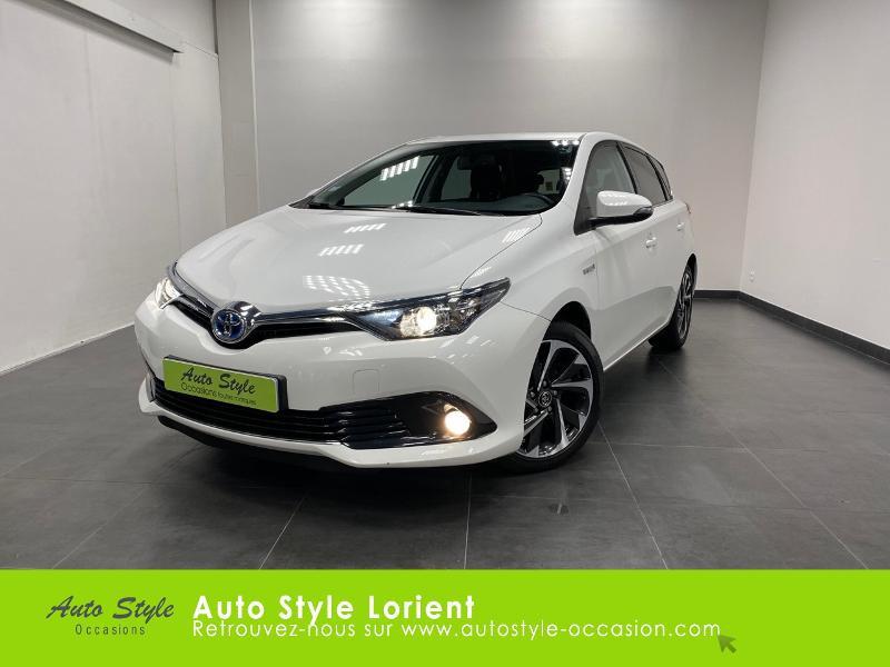 Photo 1 de l'offre de TOYOTA Auris HSD 136h Executive à 13900€ chez Autostyle Lorient
