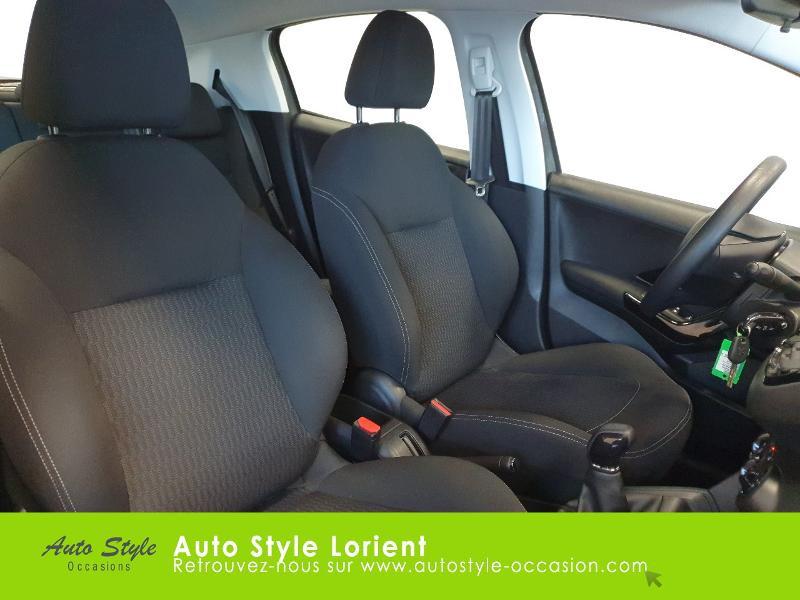 Photo 11 de l'offre de PEUGEOT 208 1.5 BlueHDi 100ch S&S Active à 14490€ chez Autostyle Lorient