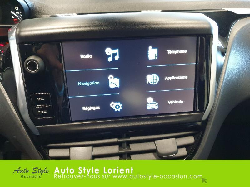 Photo 16 de l'offre de PEUGEOT 208 1.5 BlueHDi 100ch S&S Active à 14490€ chez Autostyle Lorient