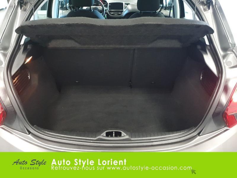 Photo 20 de l'offre de PEUGEOT 208 1.5 BlueHDi 100ch S&S Active à 14490€ chez Autostyle Lorient