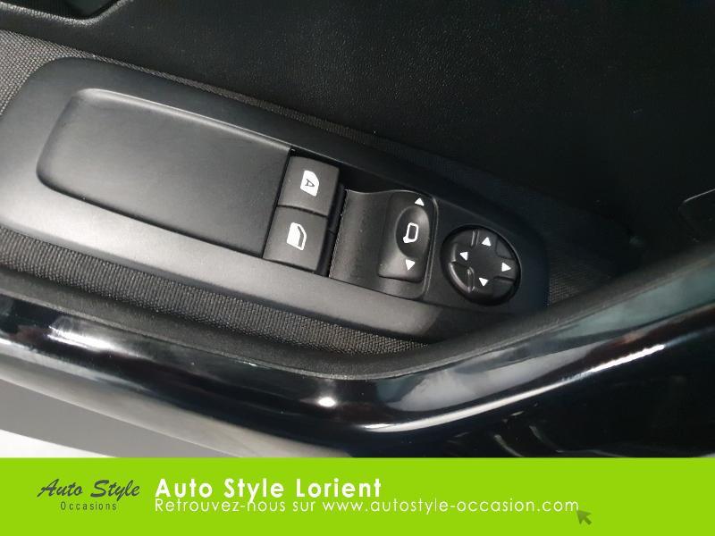Photo 13 de l'offre de PEUGEOT 208 1.5 BlueHDi 100ch S&S Active à 14490€ chez Autostyle Lorient