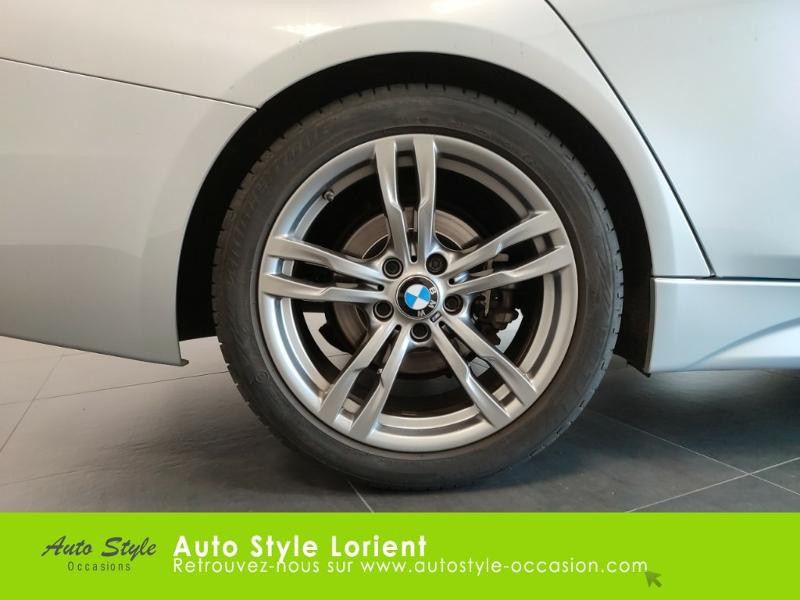 Photo 16 de l'offre de BMW Serie 3 318dA 150ch M Sport à 20990€ chez Autostyle Lorient