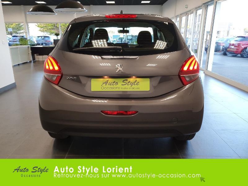 Photo 5 de l'offre de PEUGEOT 208 1.5 BlueHDi 100ch S&S Active à 14490€ chez Autostyle Lorient