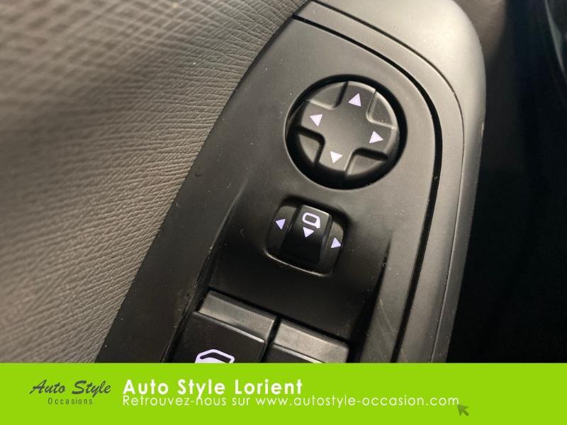 Photo 14 de l'offre de CITROEN C4 Picasso e-HDi 115ch Exclusive à 10790€ chez Autostyle Lorient