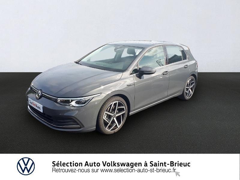 Photo 1 de l'offre de VOLKSWAGEN Golf 1.5 eTSI OPF 150ch Style 1st DSG7 à 26990€ chez Garage de l'Avenir - SKODA Saint Brieuc