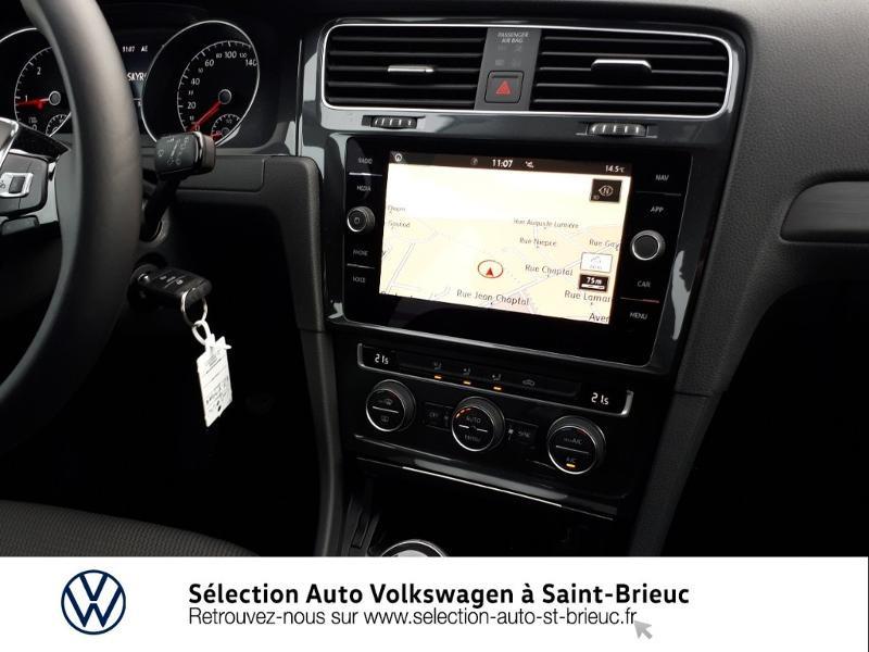 Photo 8 de l'offre de VOLKSWAGEN Golf 1.6 TDI 115ch FAP Confortline Business 5p à 18990€ chez Sélection Auto - Volkswagen Saint Brieuc