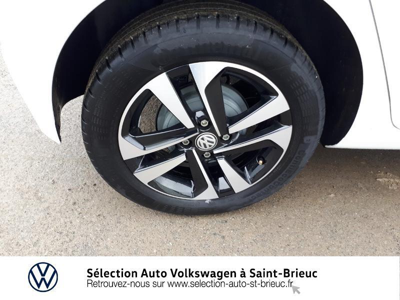 Photo 13 de l'offre de VOLKSWAGEN up! 1.0 60ch BlueMotion Technology IQ.Drive 5p Euro6d-T à 10990€ chez Garage de l'Avenir - SKODA Saint Brieuc