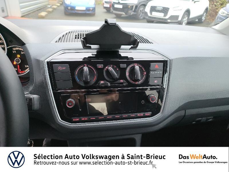 Photo 7 de l'offre de VOLKSWAGEN up! 1.0 60ch BlueMotion Technology Move up! 5p Euro6d-T à 10990€ chez Garage de l'Avenir - SKODA Saint Brieuc