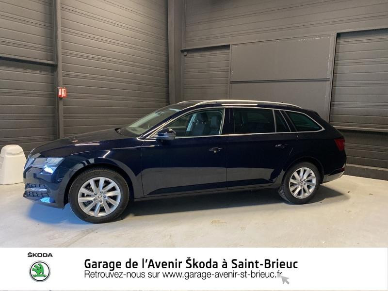 Photo 2 de l'offre de SKODA Superb Combi 2.0 TDI 122ch SCR Business DSG7 Euro6d-T EVAP à 34490€ chez Sélection Auto - Volkswagen Saint Brieuc