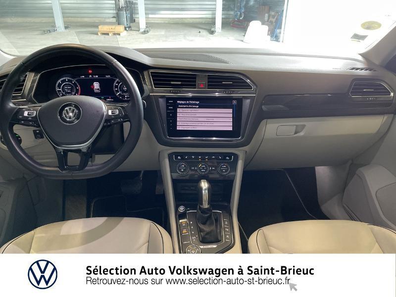 Photo 6 de l'offre de VOLKSWAGEN Tiguan 2.0 TDI 190ch Carat Exclusive 4Motion DSG7 à 33990€ chez Sélection Auto - Volkswagen Saint Brieuc