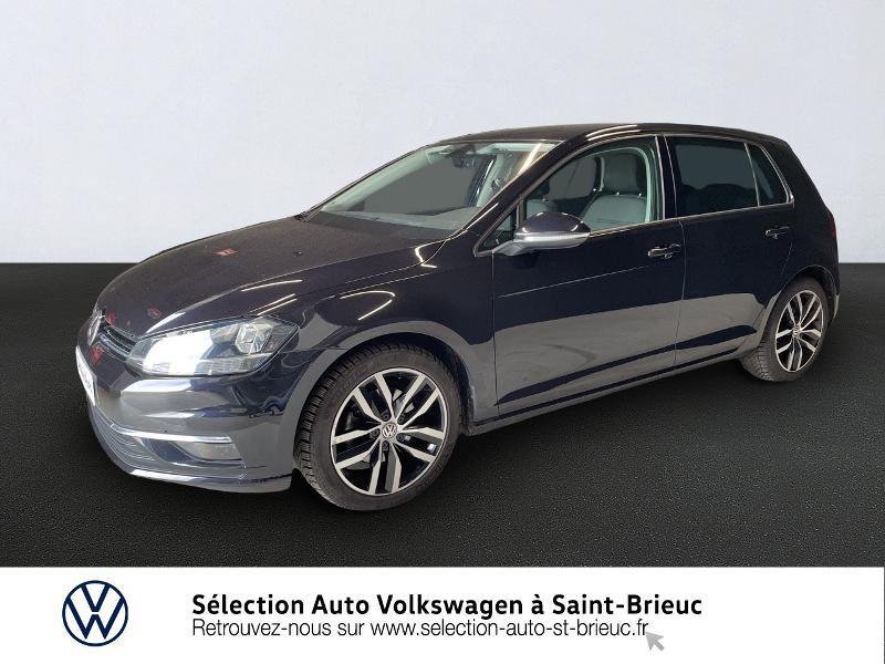 Photo 1 de l'offre de VOLKSWAGEN Golf 1.6 TDI 115ch FAP Confortline Business DSG7 5p à 16490€ chez Sélection Auto - Volkswagen Saint Brieuc