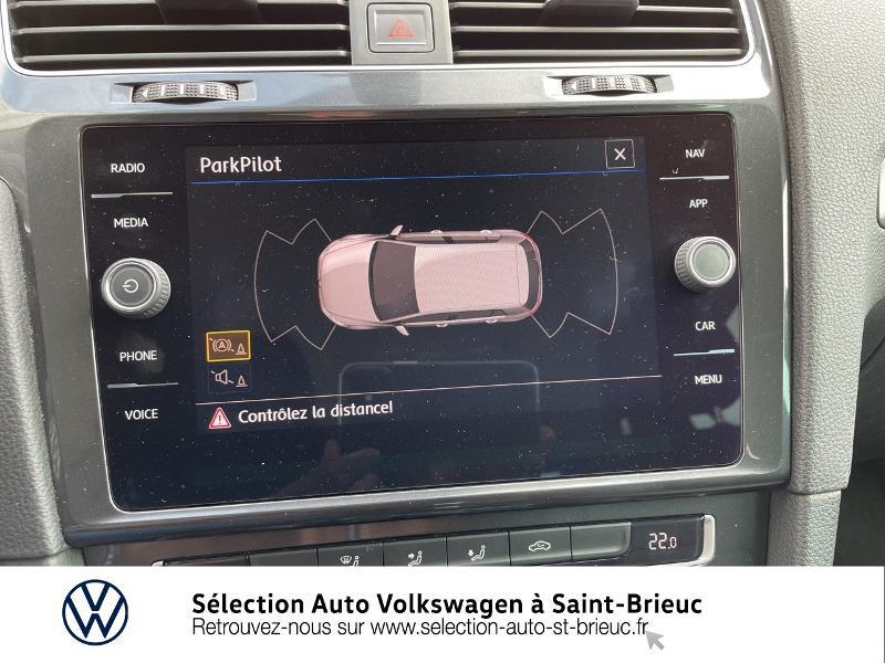 Photo 16 de l'offre de VOLKSWAGEN Golf 1.6 TDI 115ch FAP Confortline Business DSG7 5p à 16490€ chez Sélection Auto - Volkswagen Saint Brieuc