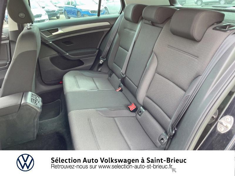 Photo 11 de l'offre de VOLKSWAGEN Golf 1.6 TDI 115ch FAP Confortline Business DSG7 5p à 16490€ chez Sélection Auto - Volkswagen Saint Brieuc