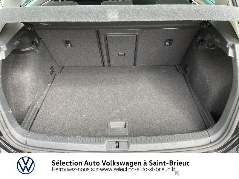 Photo 12 de l'offre de VOLKSWAGEN Golf 1.6 TDI 115ch FAP Confortline Business DSG7 5p à 16490€ chez Sélection Auto - Volkswagen Saint Brieuc