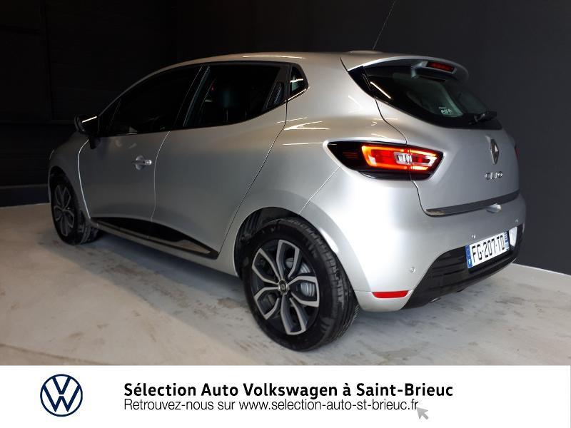 Photo 3 de l'offre de RENAULT Clio 0.9 TCe 90ch energy Intens 5p Euro6c à 12490€ chez Sélection Auto - Volkswagen Saint Brieuc