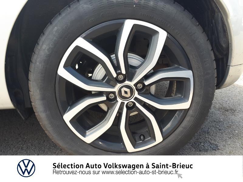 Photo 13 de l'offre de RENAULT Clio 0.9 TCe 90ch energy Intens 5p Euro6c à 12490€ chez Sélection Auto - Volkswagen Saint Brieuc