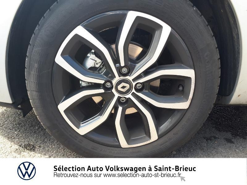 Photo 14 de l'offre de RENAULT Clio 0.9 TCe 90ch energy Intens 5p Euro6c à 12490€ chez Sélection Auto - Volkswagen Saint Brieuc