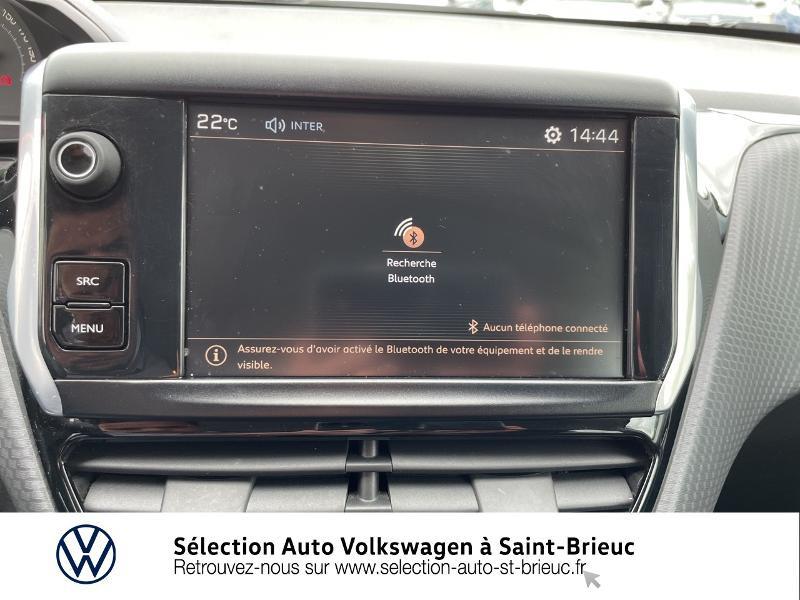 Photo 18 de l'offre de PEUGEOT 2008 1.2 PureTech 82ch Active à 11490€ chez Garage de l'Avenir - SKODA Saint Brieuc