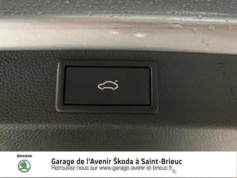 Photo 18 de l'offre de SKODA Karoq 2.0 TDI 116ch SCR CLEVER DSG Euro6d-T à 33290€ chez Sélection Auto - Volkswagen Saint Brieuc