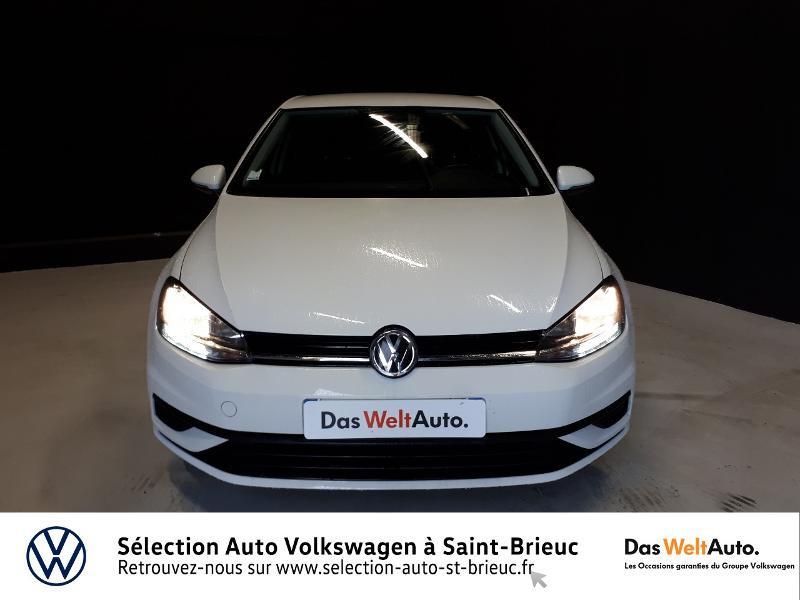 Photo 5 de l'offre de VOLKSWAGEN Golf 1.0 TSI 85ch Trendline Euro6d-T 5p à 13990€ chez Garage de l'Avenir - SKODA Saint Brieuc
