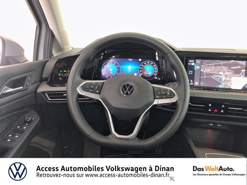 Photo 7 de l'offre de VOLKSWAGEN Golf 1.5 eTSI OPF 150ch Style 1st DSG7 à 27790€ chez Sélection Auto - Volkswagen Saint Brieuc