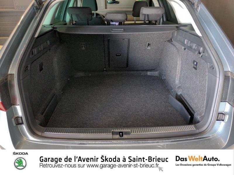 Photo 15 de l'offre de SKODA Superb Combi 2.0 TDI 150ch SCR Business DSG7 Euro6d-T EVAP 8cv à 27490€ chez Sélection Auto - Volkswagen Saint Brieuc