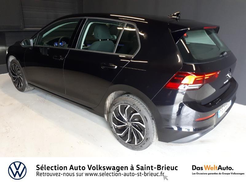 Photo 3 de l'offre de VOLKSWAGEN Golf 2.0 TDI SCR 115ch Life 1st à 25990€ chez Sélection Auto - Volkswagen Saint Brieuc
