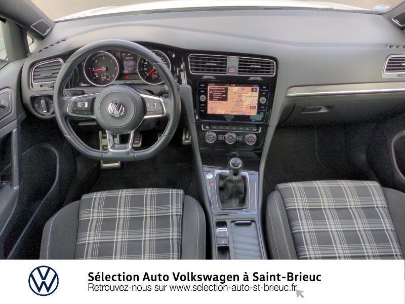 Photo 6 de l'offre de VOLKSWAGEN Golf 2.0 TDI 184ch FAP GTD 5p à 24890€ chez Sélection Auto - Volkswagen Saint Brieuc